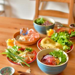 おひるごはん ☆ベトナム気分&サバ缶スパイスカレー&トマトすき煮丼。