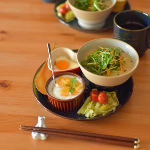 参鶏湯で朝ごはん。