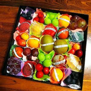 土曜日は食育ブログ♪季節の果物のプチフルーツボックスに目も舌も大喜び♪風呂敷包みの心遣いも嬉しい