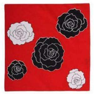 バラ柄のふろしき♪美の象徴の花XジャパンのYOSHIKIの風呂敷も薔薇柄