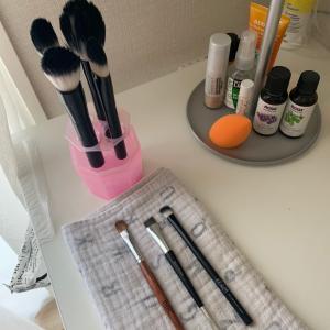 土曜日のリセットタイム!メイクブラシを洗う。毎週恒例のBRAAVA!