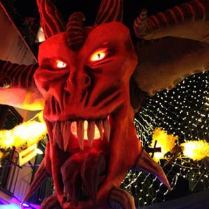 コロナ門限解除でグラシア祭は大騒ぎ