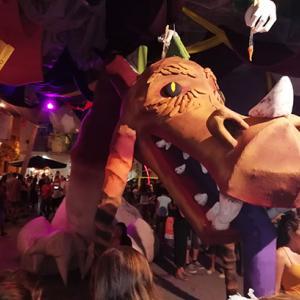 恐竜とラム酒@グラシア祭