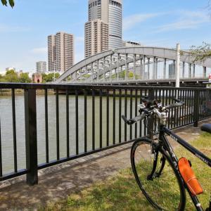水都大阪を感じる初夏の大川沿いサイクリングロード