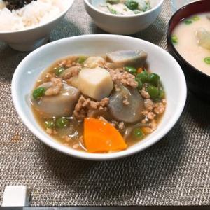 年相応シニアな晩御飯 ~親芋小芋のあんかけ肉じゃが風~