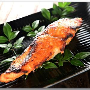 メシ通『魚介を使った簡単レシピ 』☆ 手間いらずな鰆の西京焼き風