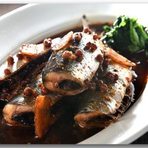 メシ通『魚介を使った簡単レシピ 』☆ 旨辛痺れのいわし煮付け