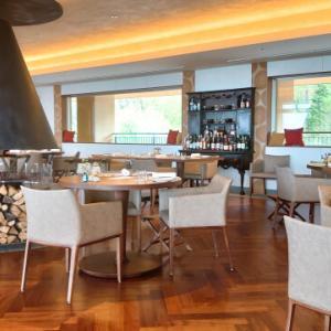 話題の森のグランオーベルジュ 「THE HIRAMATSU軽井沢御代田」開放的な空間での朝食 編