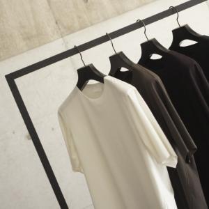 【山内】素材で魅了する定番Tシャツ、残りわずかです。
