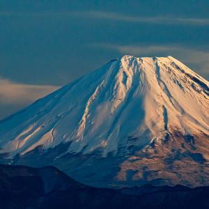 久々に富士山に冠雪