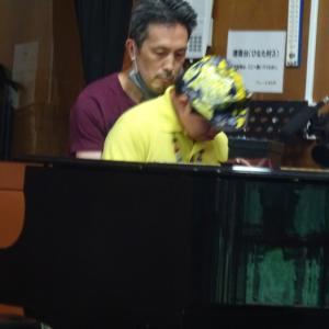 タケオのピアノで砂連尾さんが踊る