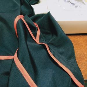縫えども縫えども、端をバイアステープ