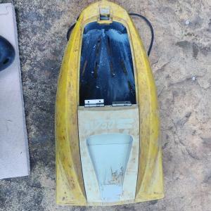今日は引舟の補修。割れたプラスチックも復活!