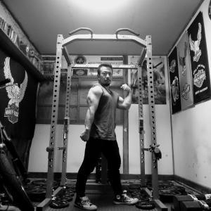 毎回のように新たな気づきや発見がある。軽い重さでも100%筋肉に伝えながら!