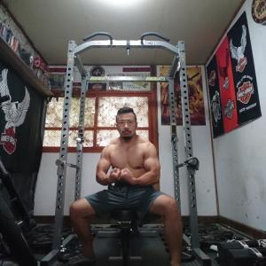 52歳の肉体をなんとか維持する朝トレ14分!