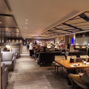 【世界のラウンジから】香港国際空港(第1ターミナル) プラザ・プレミアム・ラウンジ イーストホール – メニューも豊富、激混み必至のラウンジ