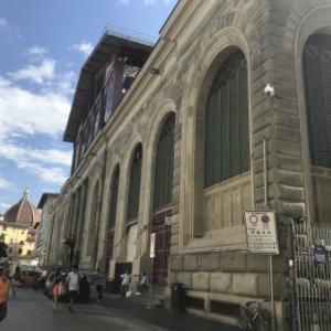 2021年9月号 : フィレンツェ中央市場L'Angolo dei Sapori