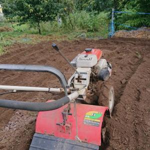 耕運機運転