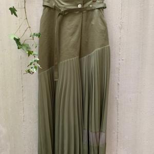 2021 SS【AULA AILA】動くと綺麗なプリーツスカートが入荷デス