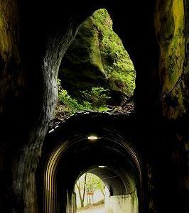 2階建てトンネルを訪ねました。
