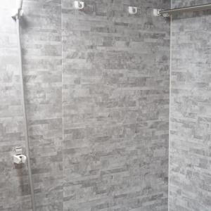 掃除メンテナンスが楽な♪吊り下げ方式の浴室収納&ニトリのお風呂グッズ