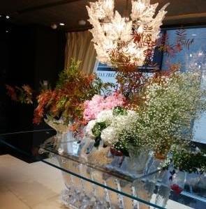 ★ラリック本店の装花