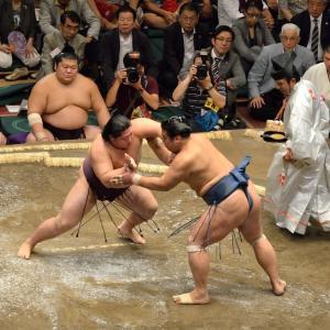 6年前の大相撲秋場所