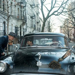 「マザーレス・ブルックリン」発展途中のニューヨークで起こる都市開発の裏で蠢く影を追う探偵のお話。