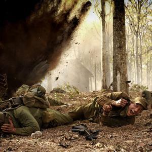 「デンジャー・クロース 極限着弾」オーストラリア軍のベトナムでの悲惨な戦いを生々しく描いてます。