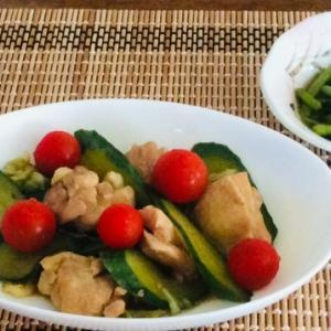 阿波尾鶏とキュウリの煮物