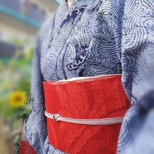 【浴衣コーデ】茶道のお稽古にオトコマエな波模様の浴衣と赤い羅の帯♪