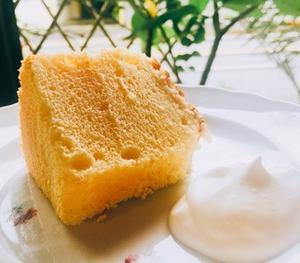 爽やかレモンのシフォンケーキ