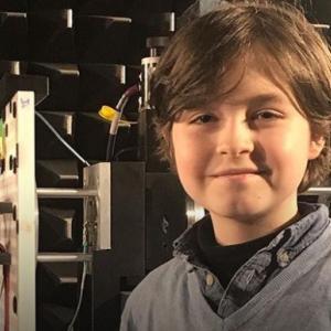 史上最年少の9歳で大学を卒業予定、IQ145の天才少年(オランダ)