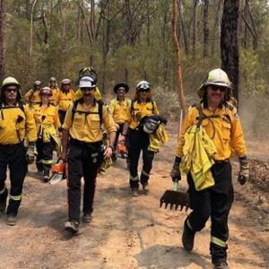 オーストラリアの森林火災で何が起きているのか?消火や動物救助活動に奔走する人々の様子とともに振り返る