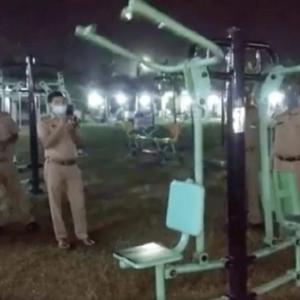 幽霊になっても筋トレの呪縛が?野外に設置されたジム用器具がひとりでに動く怪奇(インド)