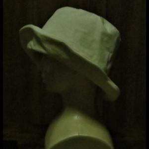 シーチングの帽子