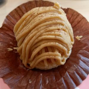 和栗のモンブラン♪(濃厚チーズケーキ)