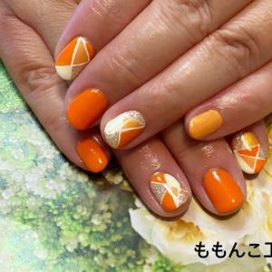 ビタミンカラーのオレンジネイル