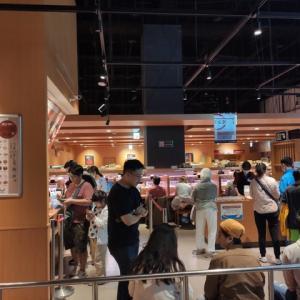 スシローは台湾でも大人気 3 @ 台北民権建國店