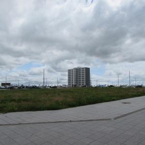 5年後、10年後が楽しみ?開発途上の新函館北斗駅前。 【2019年07月 北海道北斗市】