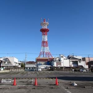茂原のマチナカで、紅白の電波塔。 【2018年11月 千葉県茂原市】