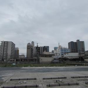 松阪駅西口より、駅を挟んだ東口のビル群を望む。 【2019年04月 三重県松阪市】