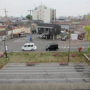 2つのターミナル駅の中間に位置する、静かな「紀和」駅。 【2019年04月 和歌山県和歌山市】