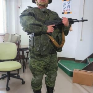 誰かー!ロシア軍装備一緒にやらないか!