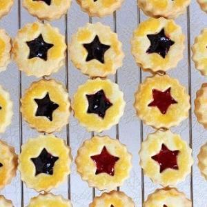 お子さんと一緒に!いちごのジャムクッキー作り♪(レシピ)