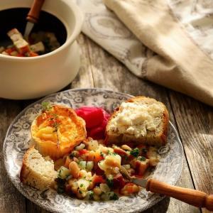 缶詰で作る、白いんげん豆とベーコンのほっこり煮