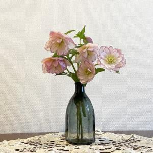 可愛いお花と可愛いお菓子