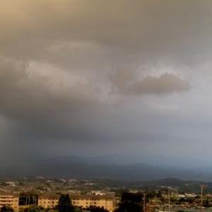 雷多発。怖〜っ。