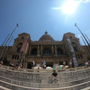 コロニア・グエル教会とモンジュイック(スペイン、バルセロナ、観光)
