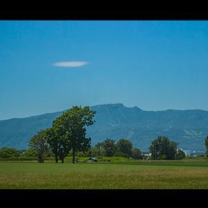 手稲山に雲一つ